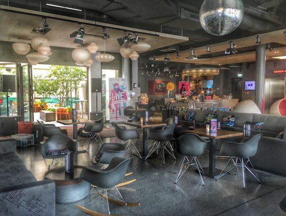 W XYZ Bar Alofthotel_Hotelbar_6