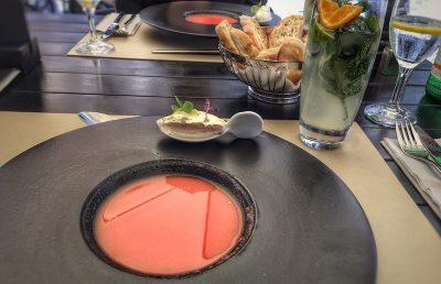 Kalte Wassermelonen - Hummersuppe mit Frischkäse