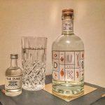 [Anzeige] Gewinnspiel: 1 Flasche DUKE Gin – limitierte Kunstedition