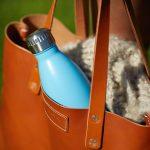 Die FLSK Trinkflasche mit 18-stündiger Kühl-/Wärmefunktion