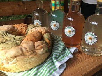 Genussreise Tegernsee Brot und Kraeuter Likoer