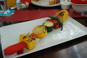 Maredo Steakhouse Flughafen Muenchen Biancas Tasty Tour Beilage Gemuesespieß