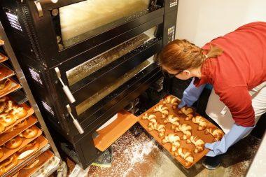 Brezelina am Marienplatz Croissants aus dem Ofen
