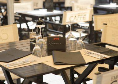 Emporio Armani Caffe Terrasse 2