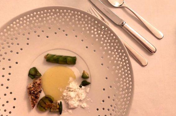 Gourmet-Restaurant Kastell Hotel Burg Wernberg - -9