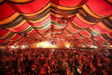 Hippodrom Münchner Frühlingsfest Theresienwiese