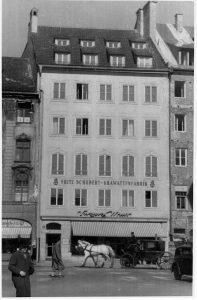vinzenzmurr Geschichte und Philosophie Rosenstr_mit_Kutsche