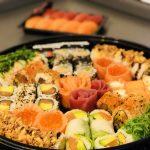 SUSHI DAILY – Im Test: Frisch gemachte Sushi Box aus dem Supermarkt