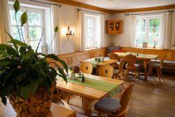 Altes Gutshof-Café Pullach -10