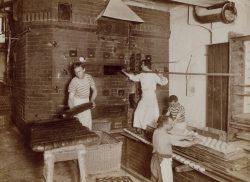 Rischart Baeckerei Geschichte - 1912 ca Ofen