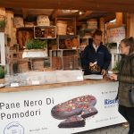 Brotmarkt am Viktualienmarkt – 13 Bäckerstände, ca. 120 Brotsorten