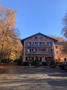 Waldgasthof Buchenhain Bayerische Kueche-22