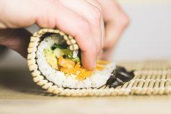 veganes Sushi photo-1562158147-f8d6fbcd76f8